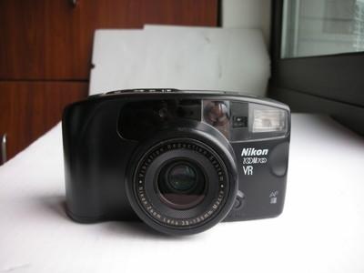很新尼康V700有光学防抖自动曝光便携式相机,收藏使用