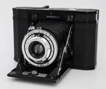 法国Lumiere 6x6 少见中画幅胶片相机