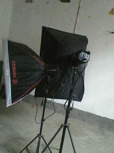 金贝摄影闪光灯两支400W+250W有引闪器