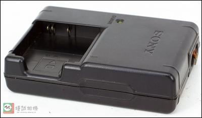 索尼 数码相机 充电器BC-CSGC 座充