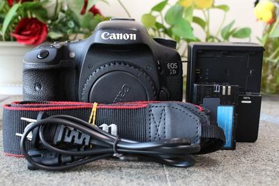 85新二手 Canon佳能 7D 单机 中端单反相机 回收001486
