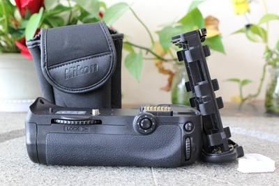 96新二手 Nikon尼康 MB-D10 单反手柄适用于d700回收255760