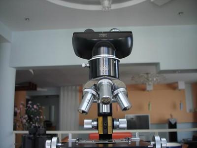 波兰高级双目光学显微镜