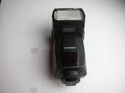 极新永诺 闪光灯 YN-460 通用型低压闪光灯,有包装盒