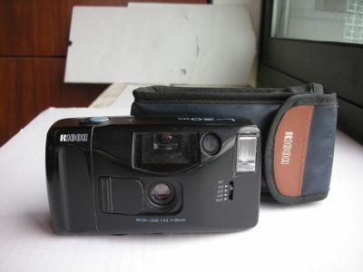 很新理光L20自动曝光相机,送皮套