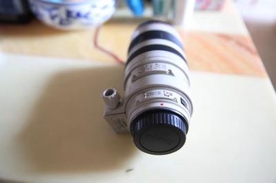 佳能 6D后面底部有掉漆,各部功能使用正常。