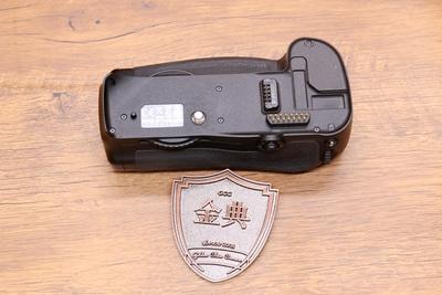 95新二手 Nikon尼康 MB-D10 单反手柄适用于d700回收 326793