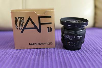 尼康 AF 35mm f/2D