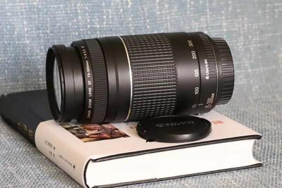 佳能EF75-300/4-5.6III镜头