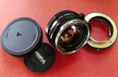 索尼A7等适配镜头_福伦达40mm f/1.4+福伦达转接环