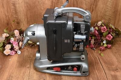 90新二手宝莱克斯BOLEX M8 8毫米电影机放映机古董老式无号86