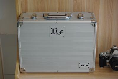 尼康Df相机+50mm 1.8D镜头