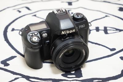 尼康nikon F80 带 永诺40 2.8
