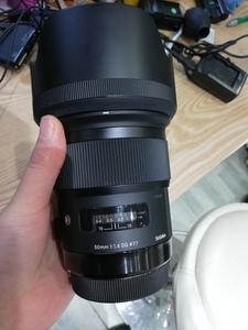 出包装齐全的适马 50mm f/1.4 DG HSM(A)