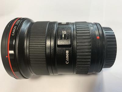 佳能 EF 16-35mm f/2.8L II USM  三大元之一