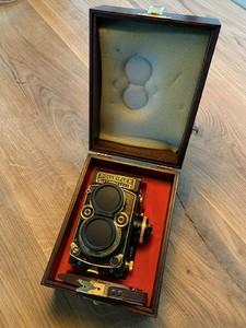 (新品收藏未使用)禄莱 Rolleiflex 2.8F AURUM 黄金套机