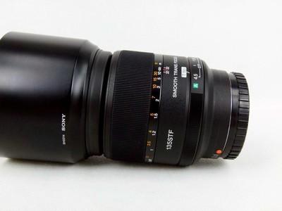 华瑞摄影器材-索尼 135mm f/2.8 [T4.5] STF(SAL135F28)