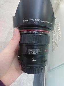 出一支成色非常不错的佳能 EF 24mm f/1.4L II USM