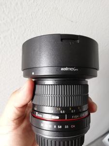 威摄 8mm f/3.5 Fish-Eye II