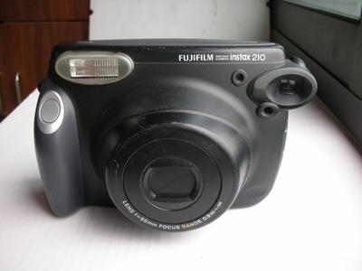 较新富士210一次成像相机,收藏使用