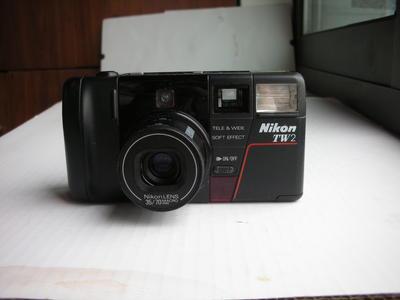 很新尼康TW2双焦镜头经典自动对焦便携式相机,收藏使用