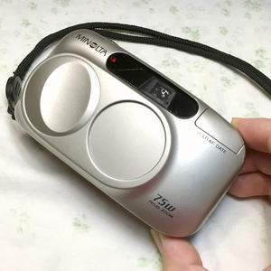 Minolta/美能达 RIVA ZOOM 75W 中古自动高颜值135胶卷PS旁轴相机