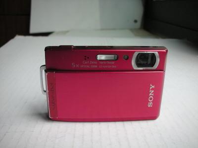 很新索尼 红色T300经典相机,超级CCD,千万像素,3.5寸大触摸屏