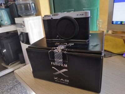 富士X-A2套机 数码微单相机 3.0英寸可翻折屏 内置Wi-Fi