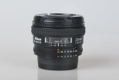 尼康AF 20mm f/2.8D 平民广角大光圈定焦风光镜头