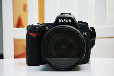 尼康 D90+18 105f3.5-5.6套机出售