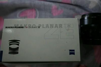 已出   卡尔·蔡司 Planar T* 50mm f/2 ZE手动微距镜头