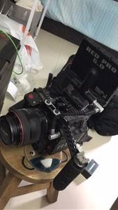 出一个RED 摄影机  摄像机 RED SCARLET-X