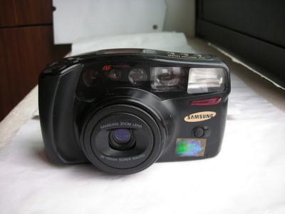 较新三星1050多功能自动相机