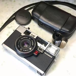 Roc___450元奥林巴斯 auto focus自动对焦135胶片旁轴胶卷相机