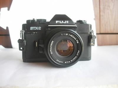 很新富士STX--2经典单反相机带50mmf1.9镜头,收藏使用
