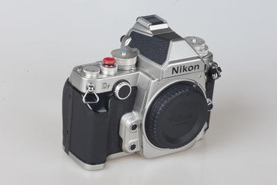 尼康 Df全画幅复古单反数码相机