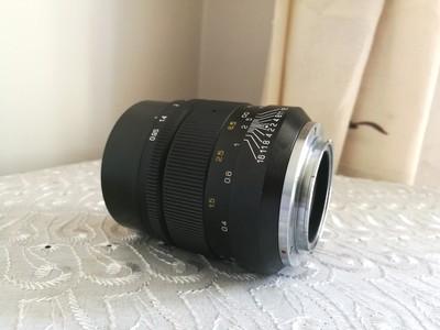 中一光学E 35mm f/0.95