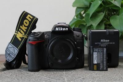 尼康 D7000 + 18-140mm + 35mm 1.8G DX + B+W UV