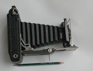 胶卷和页片双用的蔡司Zeiss 551/2折叠机!Tessar 105/4.5镜头!