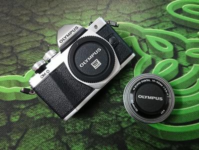 OLYMPUS 奥林巴斯 E-M10 Mark II 无反相机套装(14-42mm)