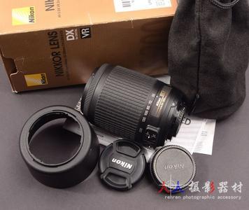 尼康 NIKON AF 55-200mm/4-5.6 包装