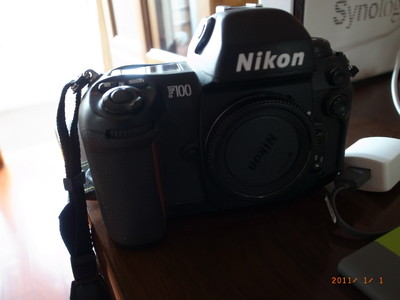 95新的Nikon F100
