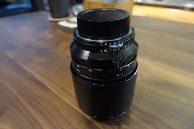 卡尔·蔡司 Planar T* 100mm f/2 ZF手动微距镜头
