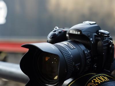 尼康 D300S套机,含18-200镜头