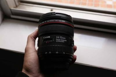 出售自用一手24-70f4镜头