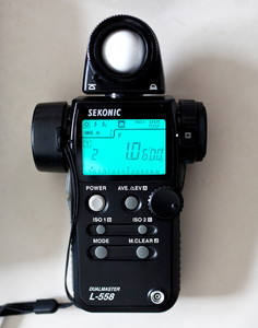 世光L558测光表