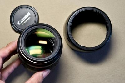 佳能 EF85mm F1.8 USM  原包装 皮套 遮光罩 +白送肯高UV镜