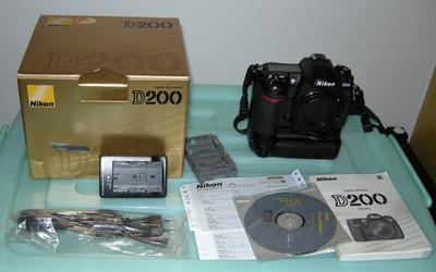 d200机身+MB-D200手柄