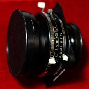 Schneider-KREUZNAC  Symmar-S F5.6 240mm