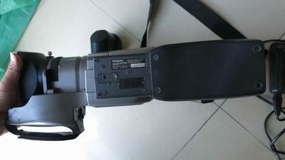 出松下MD9000摄像机